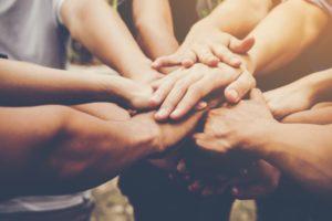 DIA DO AMIGO: A IMPORTÂNCIA DA AMIZADE CRISTÃ